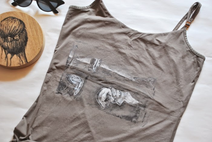 Salvador Dali, koszulka, bluzka, malowanie, tkaniny, DIY